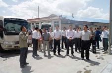 景泰县委四大领导班子一行莅临金龙公司参观考察